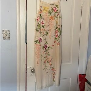 Never worn ASOS size 6 floral embroidered midi